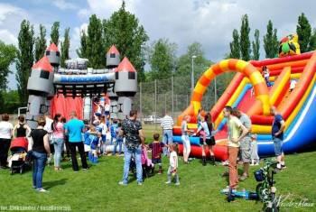 Atrakcje Zamki dmuchane,animator balony helowe i i, Animatorzy dla dzieci Sława