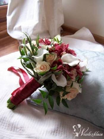 BUKIETY SLUBNE, FLORYSTYKA SLUBNA, Kwiaciarnia, bukiety ślubne Głuszyca