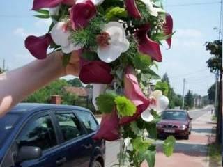 Bukiety ślubne,dekoracje kościoła,samochodu,s ali, Kwiaciarnia, bukiety ślubne Pszów