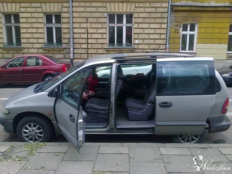 Chrysler Grand Voyager transport gości, Kraków - zdjęcie 1
