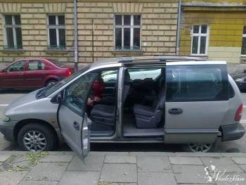 Chrysler Grand Voyager transport gości, Wynajem busów Kraków