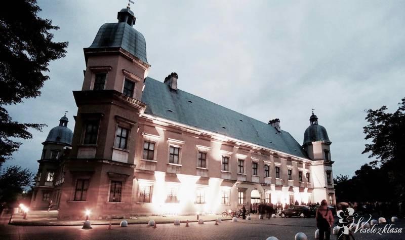 Instalacje Art Bistro ZAMEK UJAZDOWSKI, Warszawa - zdjęcie 1