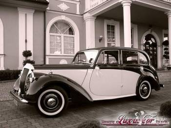 Wynajem luksusowych limuzyn *marki* Lincoln 9-18 o, Samochód, auto do ślubu, limuzyna Borne Sulinowo
