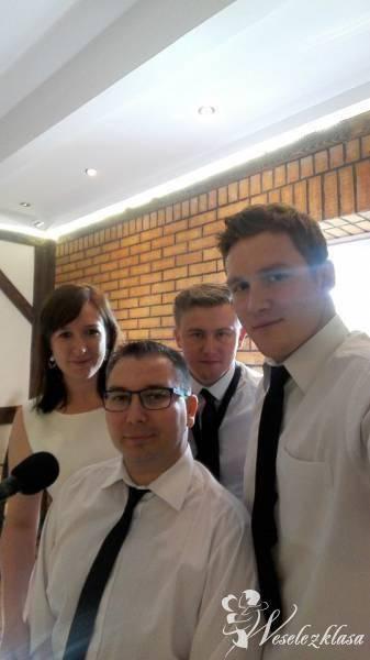 Moreno-AS zespół na każdą okazję :) Dekoracja światem statycznym :), Zespoły weselne Dobrzyń nad Wisłą