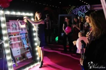 Magic Mirror - interaktywne lustro, Fotobudka, videobudka na wesele Piaseczno