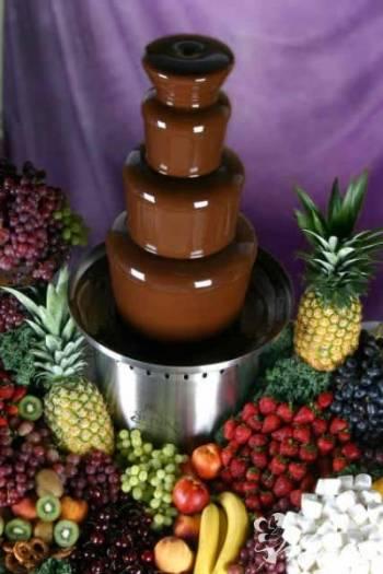CZEKOLADOWE WARIACJE wynajem fontann czekoladowych, Czekoladowa fontanna Bierutów