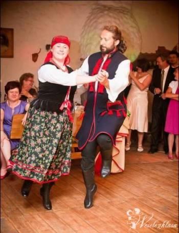 TAŃCE LUDOWE - żywiołowy pokaz tańców i wspólna zabawa z gośćmi!, Pokaz tańca na weselu Libiąż