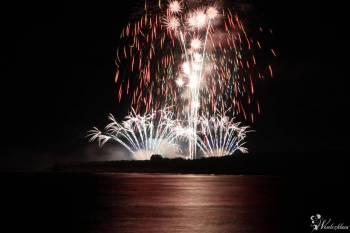 Fire Show pokazy ogni sztucznych, lasery i ciche fajerwerki, Pokaz sztucznych ogni Mirsk