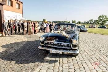 Stary czarny klasyczny samochód na ślub, Samochód, auto do ślubu, limuzyna Iława