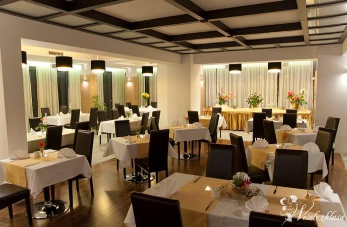 Hotel & Restauracja Vis-á-Vis, Oleśnica - zdjęcie 1