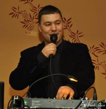 Dj Tomek - Prezenter muzyczny , DJ na wesele Malbork