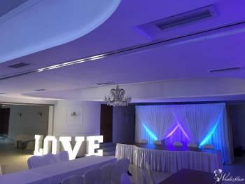 Dekoracja światłem, Napis LOVE, Logo Pary Młodej, Logo świetlne, Dekoracje światłem Olsztyn
