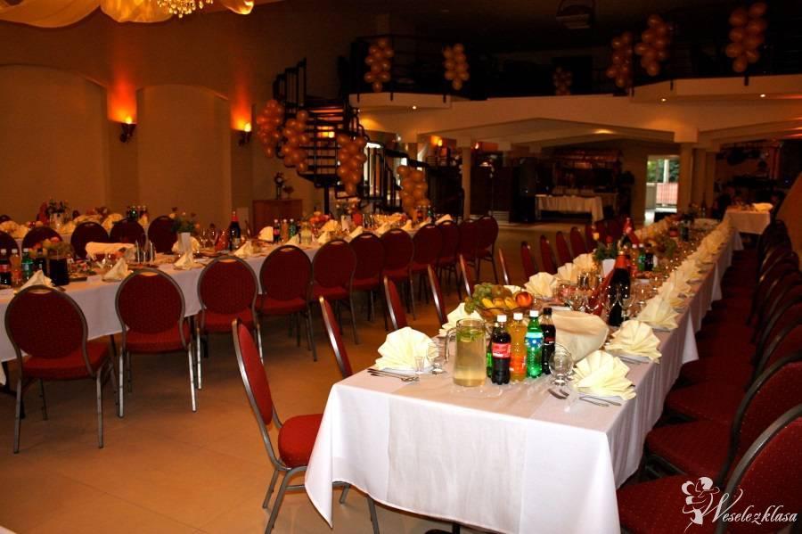 FAVILLA przyjęcia okolicznościowe, konferencje, cateringi, Świdnik - zdjęcie 1