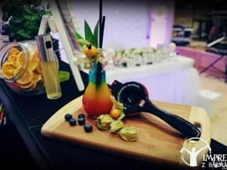 Impreza z Barmanem Profesjonalni Barmani na Wesele | Napis LOVE, Barman na wesele Tarnobrzeg