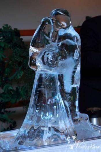 Rzeźby lodowe owocowe fontanna carving ślub, Dekoracje ślubne Sieraków