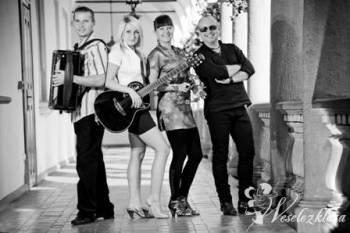 Simpaticos- Professional Music Group, Zespoły weselne Szczucin