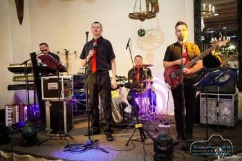 Grupa Muzyczna Blueden, Zespoły weselne Ostroróg