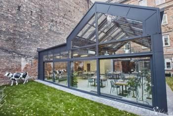 ARTBISTRO STALOWA 52 szklane patio w zabytkowej kamienicy, Sale weselne Wyszogród