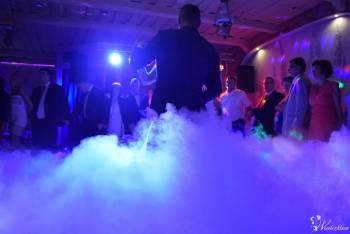 Taniec w chmurach, dekoracja światłem, fotobudka, wytwornica baniek., Ciężki dym Włocławek