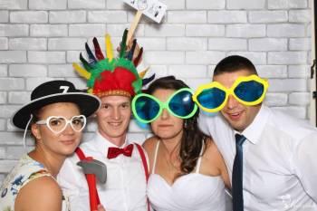 Wynajem Fotobudki :) FotoGratka poleca się na każdą okazję :), Fotobudka, videobudka na wesele Koszalin