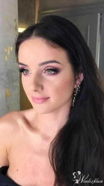 Justyna Wróbel, makijażystka i stylistka fryzur, Makijaż ślubny, uroda Głogów