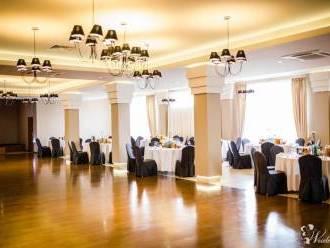 Rezydencja AURA NOVA, Sale weselne Sieniawa