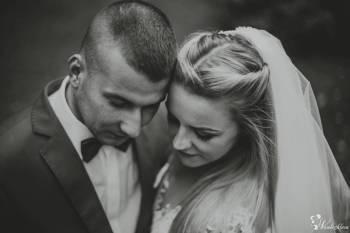 One Take Studio - Film, Fotografia, Fotobudka, Ślub Online, Kamerzysta na wesele Brusy
