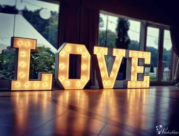 ZIP Studio | Napis LOVE | Kamerzysta | Fotograf | Dron |, Napis Love Wysoka