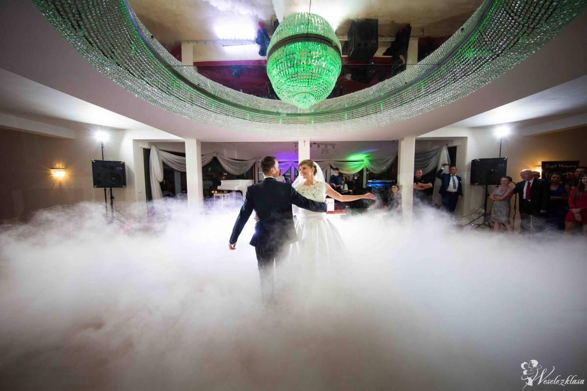 Ciężki dym na pierwszy taniec, tort. Taniec w chmurach., Kraków - zdjęcie 1
