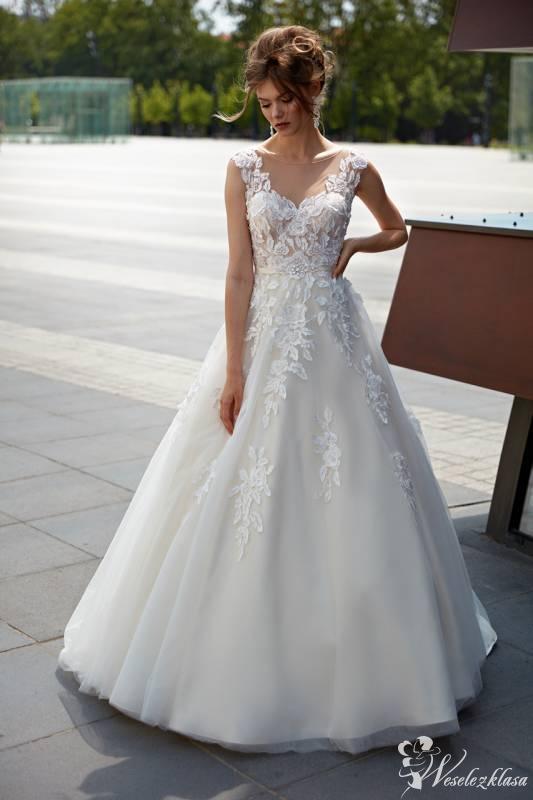 Laura suknie ślubne,  Aleksandrów Kujawski  - zdjęcie 1