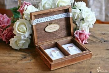 Pudełka na obrączki, na telegramy-koperty, na zdjęcia - *BIAŁA* KOMODA, Artykuły ślubne Konin
