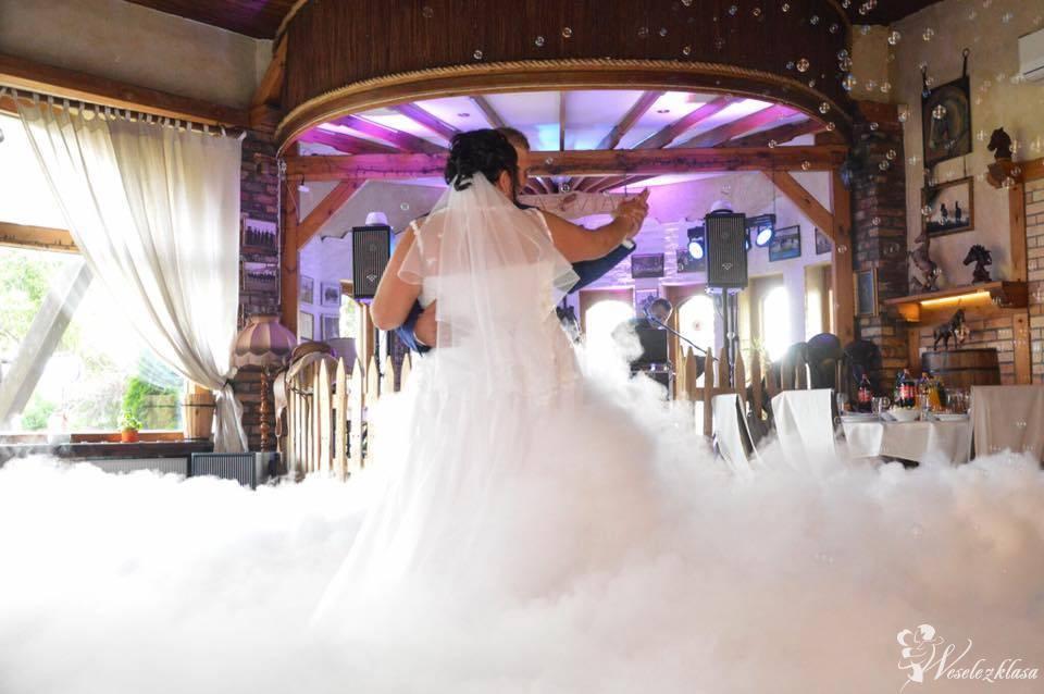 Taniec w Chmurach -   Ciężki Dym  /  Napis LOVE - Bańki Mydlane, Piła - zdjęcie 1