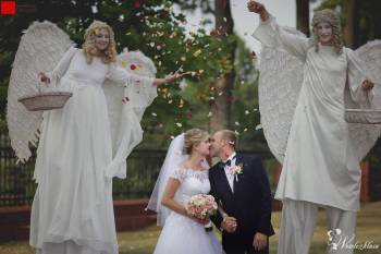 Anioły na szczudłach, weselne pokazy Led i Fire Show, Ślub w plenerze, Anioły na szczudłach Łódź