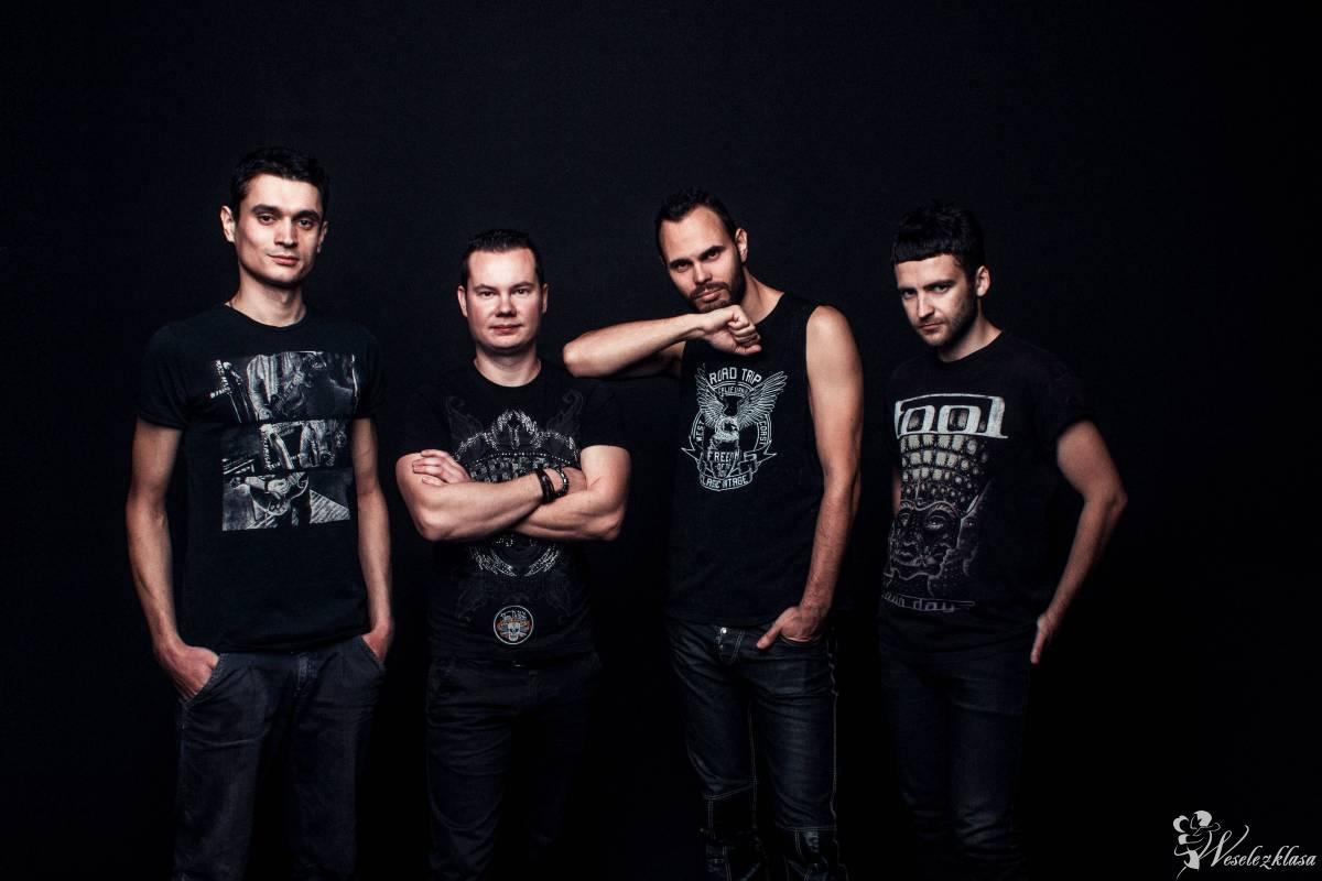 High Score - energetyczny cover band, live concert, perkusja, gitary, Warszawa - zdjęcie 1