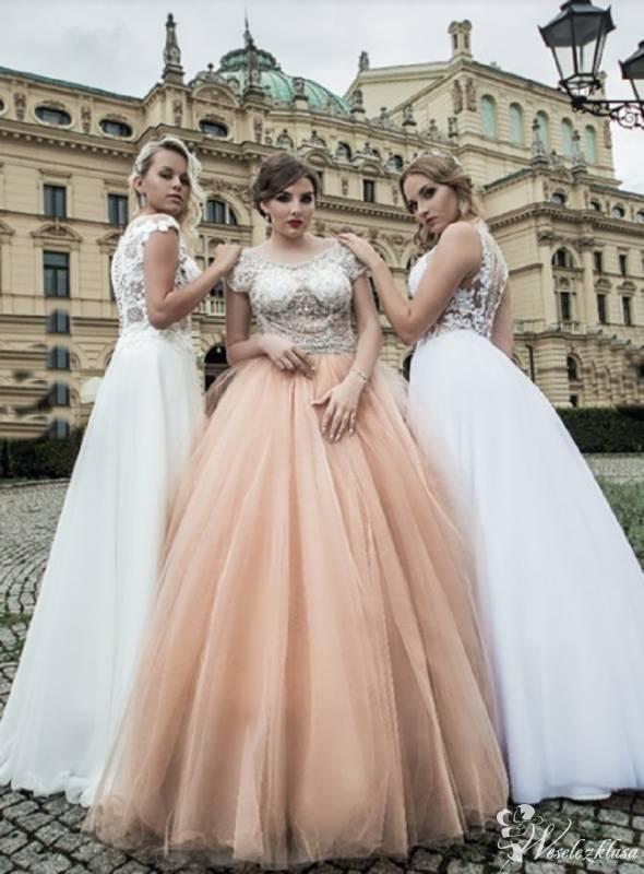RaMona - Salon Sukien Ślubnych, Oświęcim - zdjęcie 1