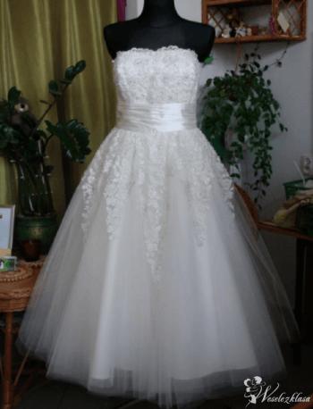 Salon sukien Ślubnych i Projektowanie Dorota, Salon sukien ślubnych Stawiski