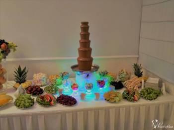JUTO - Wynajem fontanny czekoladowej, Czekoladowa fontanna Międzylesie