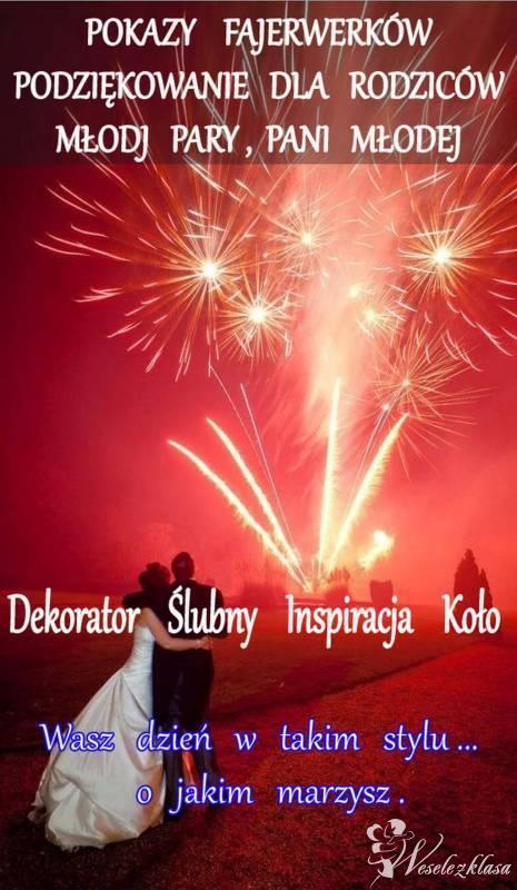 Pokaz fajerwerków , sztucznych ogni , taniec w chmurach , dekorator, Koło - zdjęcie 1