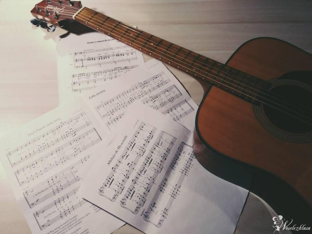 Oprawa muzyczna ślubów - gitara, skrzypce, wokal, Warszawa - zdjęcie 1