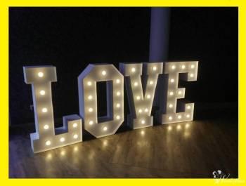 Napis Love podświetlany wysoki 120 cm w opcji z Fotobudka Kamerzysta, Napis Love Lipsko