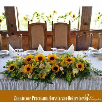 Zakwiecone florystyka ślubna i dekoracje.Napis MIŁOŚĆ i LOVE, Dekoracje ślubne Dobczyce