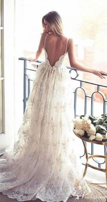 Venus Moda Ślubna, Salon sukien ślubnych Knurów