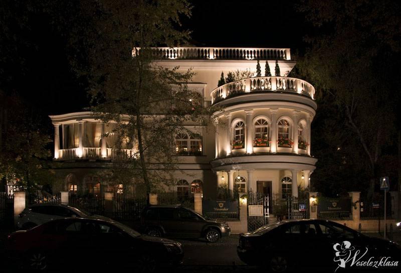 Restauracja Vivandier, urokliwa sala w pięknym pałacyku, Warszawa - zdjęcie 1