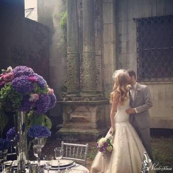 Celise- Salon Sukien Ślubnych, Salon sukien ślubnych Józefów