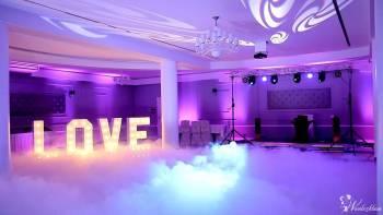 Dekoracja światłem, Fotobudka, Litery LOVE, Taniec w chmurach, Dekoracje światłem Suwałki