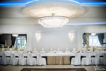 Pelikan - Hotel Restauracja, Sale weselne Szadek