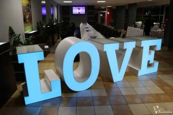 Stół weselny LOVE  Led RGB. Słodki stół / Drink Bar. Tło do zdjęć, Napis Love Bydgoszcz