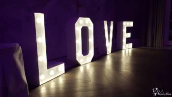 Napis LOVE MIŁOŚĆ inicjały świecące litery serce, Napis Love Kosów Lacki