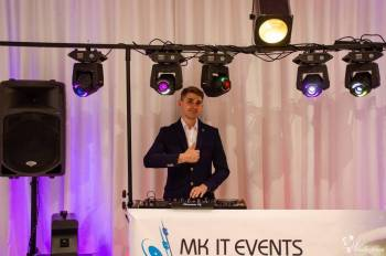 Dj + sprzęt + dekoracja światł.+ LOVE+ciężki dym+pirotechnika (opcje), DJ na wesele Pajęczno
