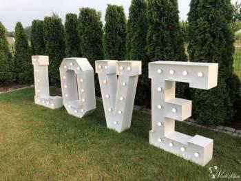LOVE M&T Events, Napis Love Olszyna